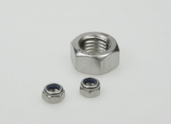Stainless steel nuts M8, self-locking