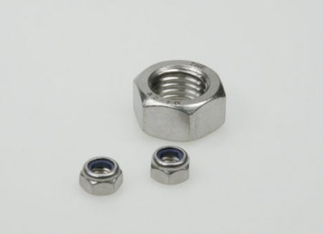 Stainless steel nuts M20