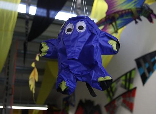 Elefant Windsack 10cm – blau