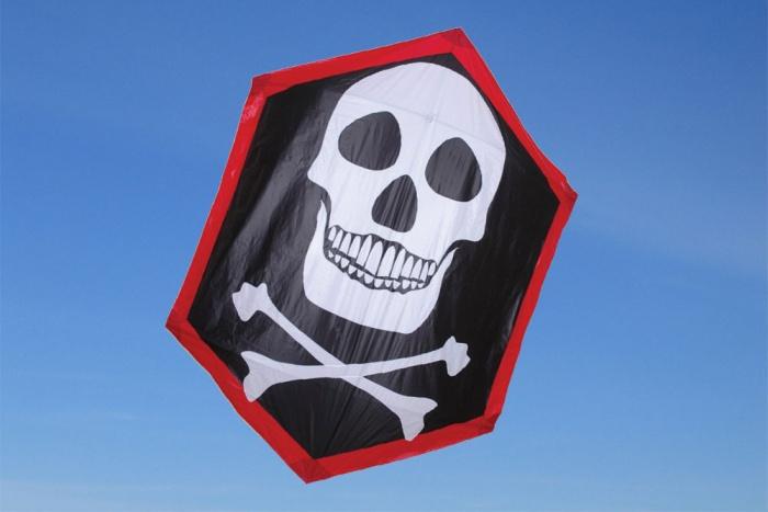 Rokkaku Kite Skull & Crossbones
