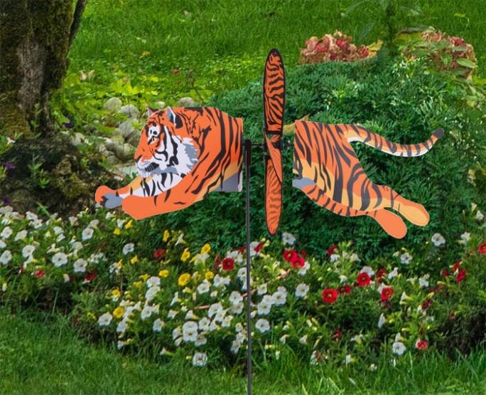 Petite Windrad Tiger