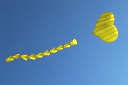 Fliegendes Herz gelb