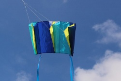 Windfoil Kites blau/gelb